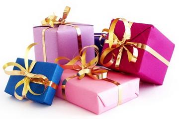 Нам 3 роки! Усім подарунки до нашого дня народження!!!